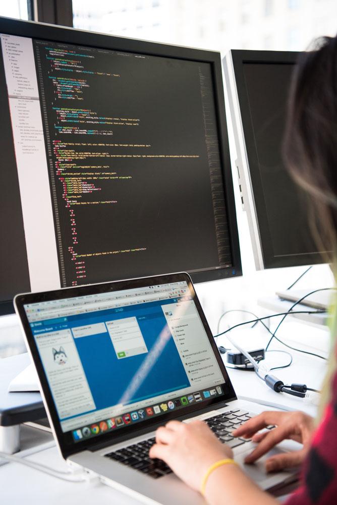 Développement de logiciels sur-mesure